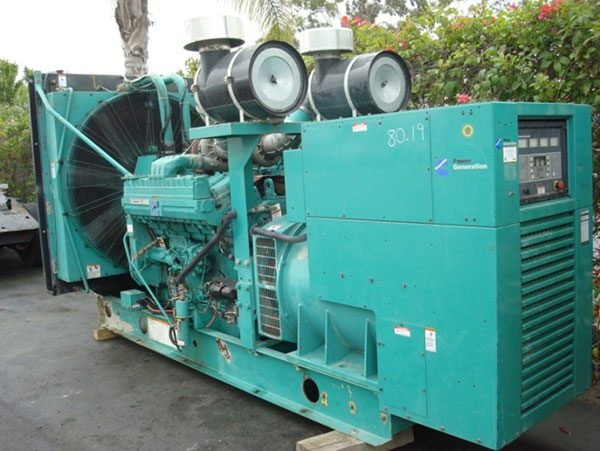 Máy phát điện cũ Cummins 700kva