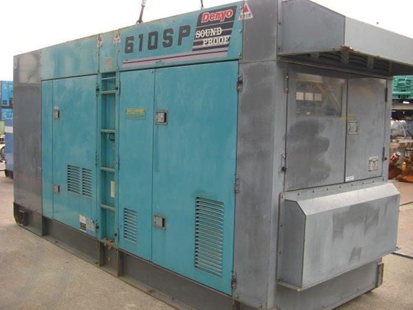 Máy phát điện cũ Denyo 610kva