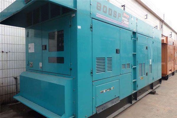 Máy phát điện cũ Komatsu 800kva