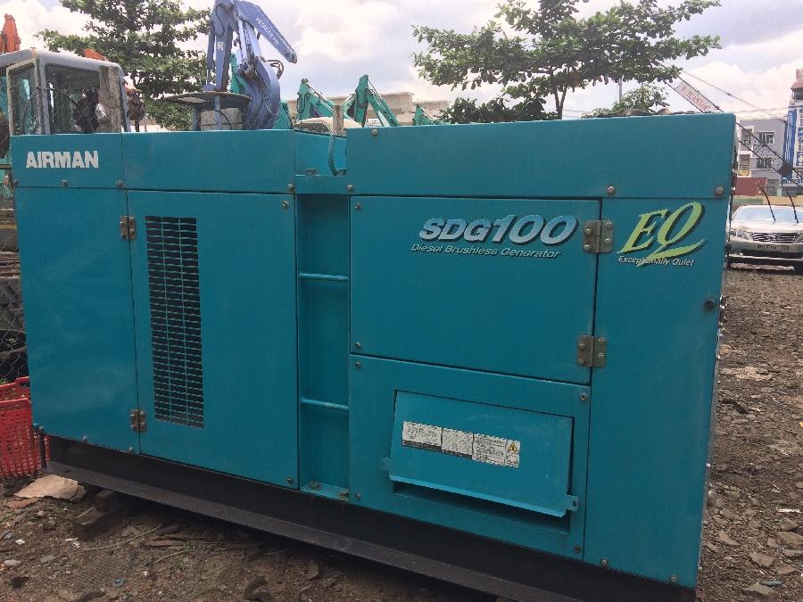 Đang cần bán máy phát điện công nghiệp cũ Komatsu 100kva
