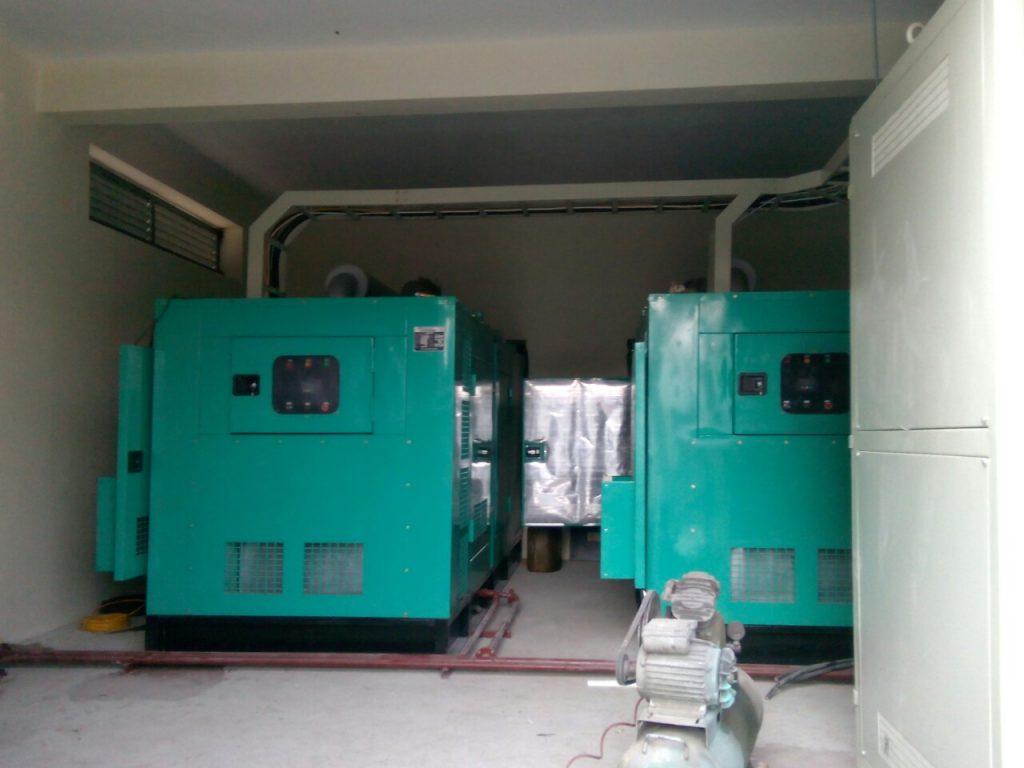 Máy phát điện Doosan 400kva (320kw)