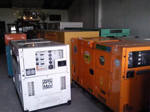Máy phát điện Komatsu 140KVA