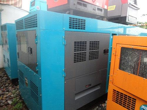 Máy phát điện Komatsu 250KVA